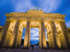 berlin-brandenburg-gate_1698_600x450